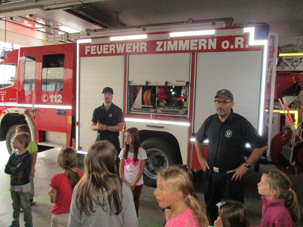 Ganztagesbetreuung Zimmern zu Gast bei der Feuerwehr